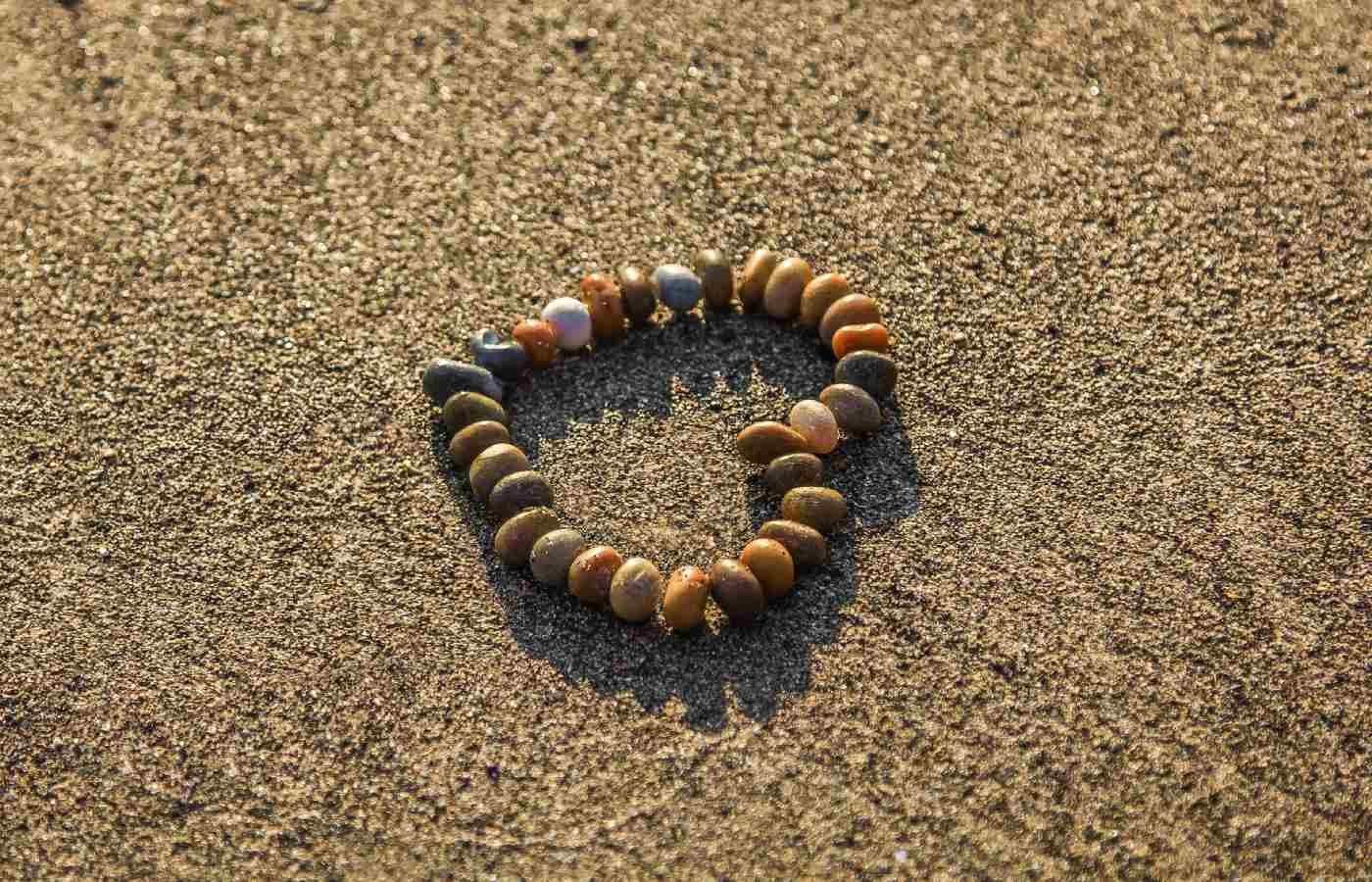 Spiaggia Tre Ponti cuore
